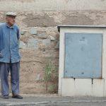 Opiekun osób starszych – na czym polega ten zawód?