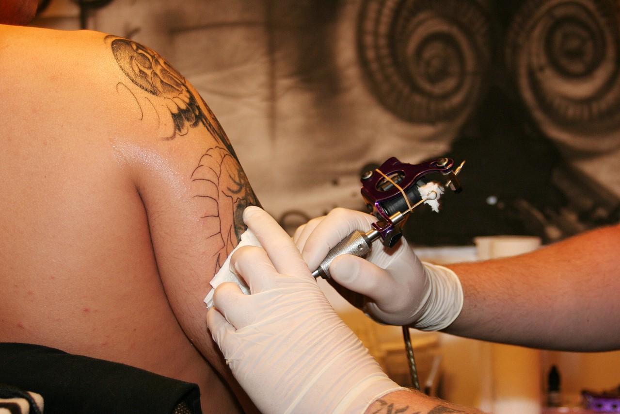Jak wybrać studio tatuażu?